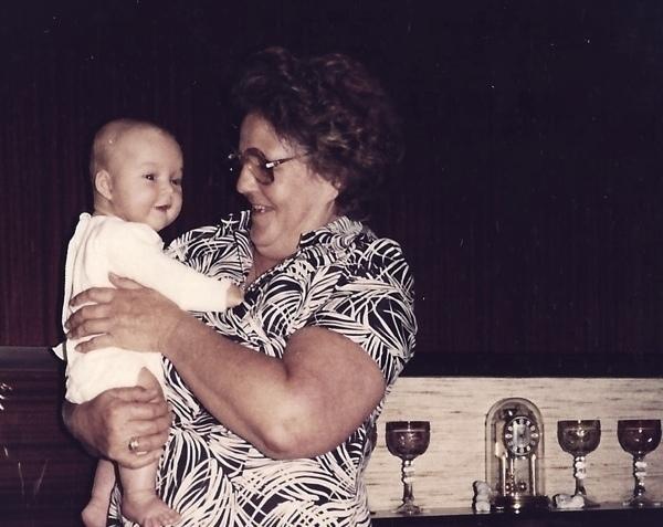 Großmutter_und_FRauMierau