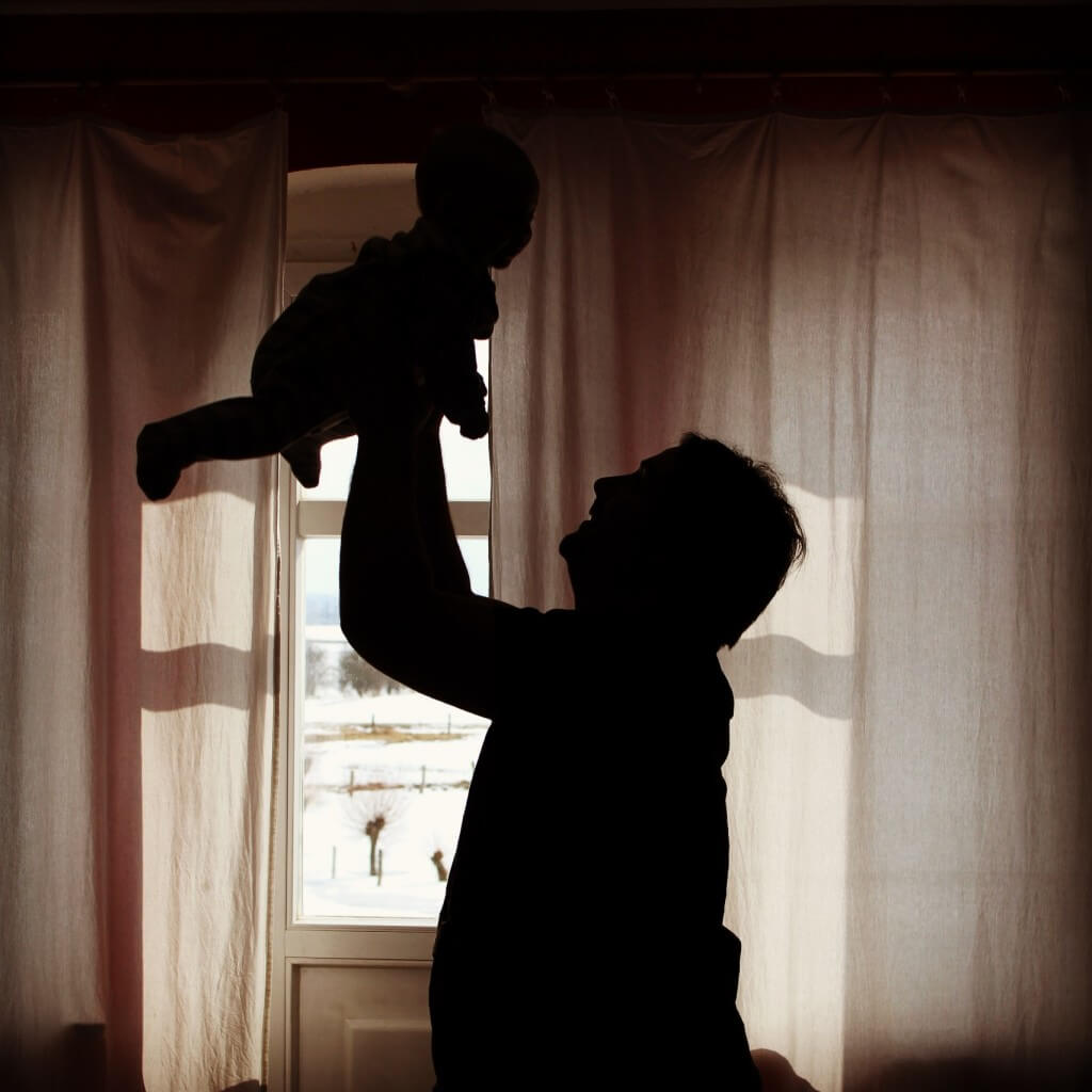 Vater_und_Baby