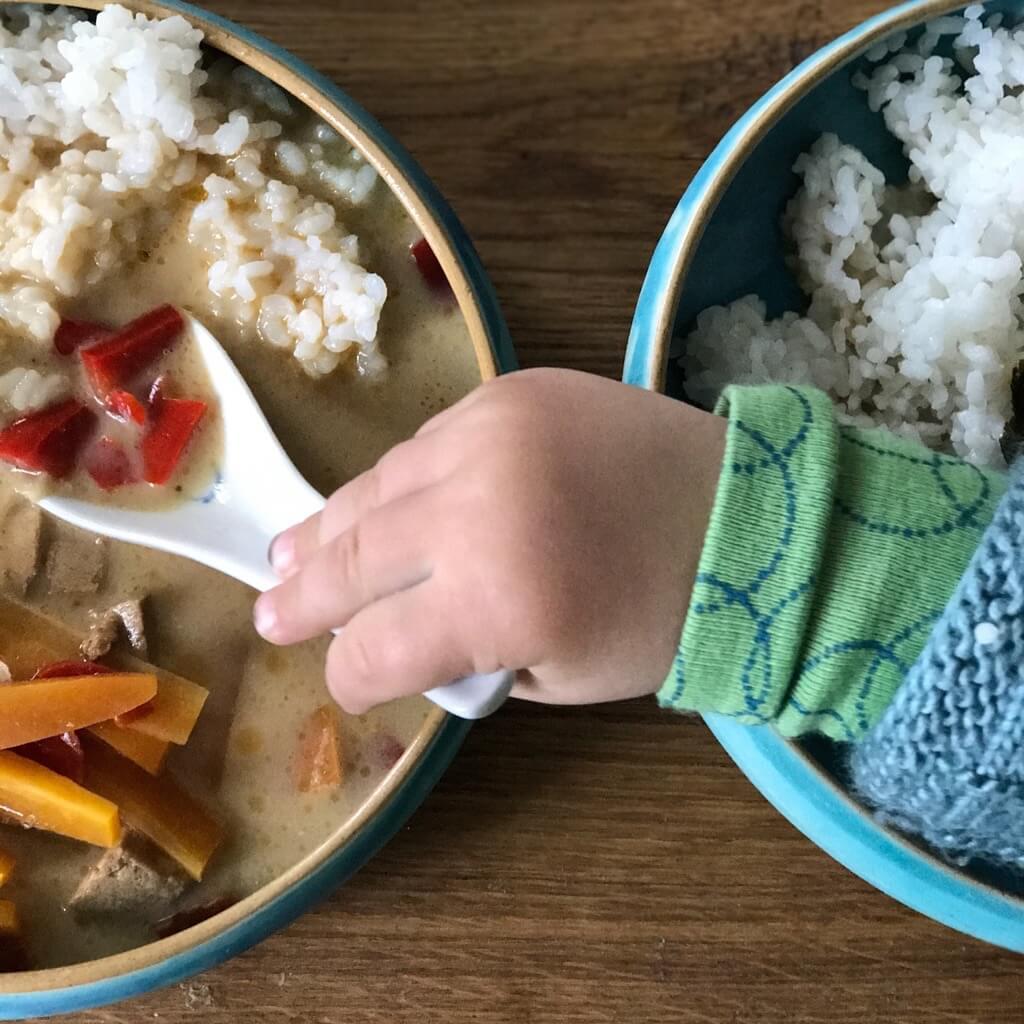 mein kleinkind ist m kelig beim essen geborgen wachsen. Black Bedroom Furniture Sets. Home Design Ideas
